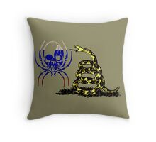 RUSSIA SPIDER SKULL FLAG DONT TREAD ON ME Throw Pillow