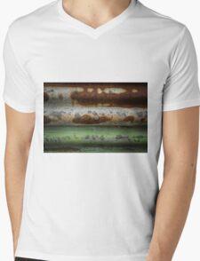 Centre Rust Mens V-Neck T-Shirt