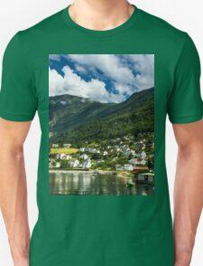 Norwegian nature Unisex T-Shirt