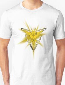 Team Instinct Pride (Pokemon Go) Unisex T-Shirt