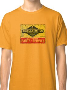 Briggs and Stratton vintage small engines. Classic T-Shirt