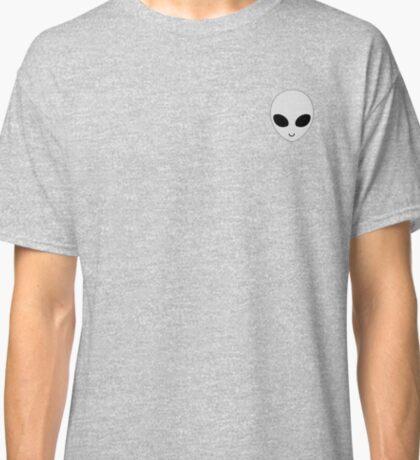 alien badge Classic T-Shirt