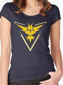 Pokemon Go | Team Instinct | Black Background | HUGE | New! | High Quality! Women's Fitted Scoop T-Shirt