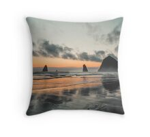 Goonies rock Throw Pillow