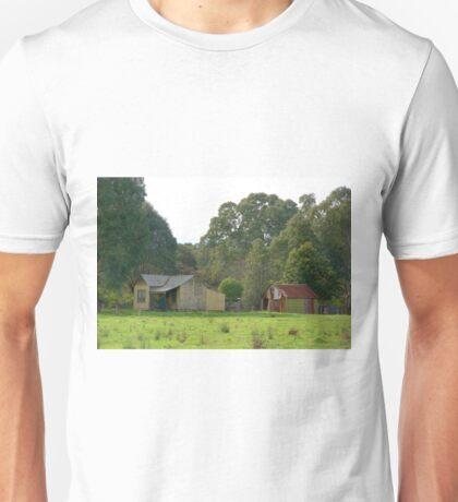 OLD HOUSE 2 Unisex T-Shirt