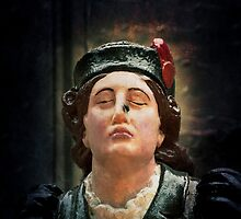 A ships figurehead of Elisabeth Fry with a real fly on her nose by pitmatic