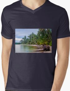 Beautiful tropical beach in Thailand with long exposure effect Mens V-Neck T-Shirt
