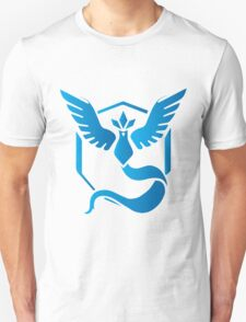 Team Mystic Blue Gradient Unisex T-Shirt