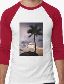 Palm tree with Retro summer filter effect Men's Baseball ¾ T-Shirt