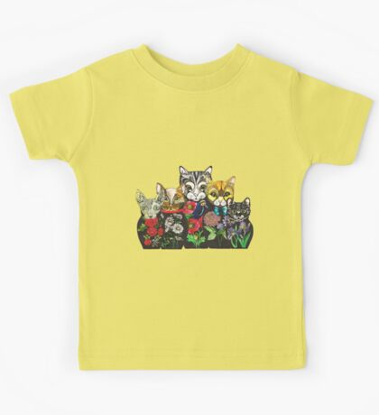 Cat Russian doll family Kids Tee