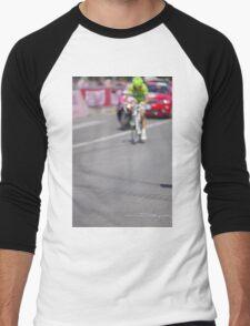 Cyclist on the road Men's Baseball ¾ T-Shirt