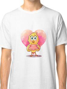 Das süße Küken hält ein Kissen in der Hand Classic T-Shirt
