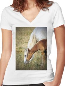 """""""Willow & Mom"""" Women's Fitted V-Neck T-Shirt"""