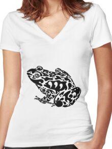 Tribal Frog Women's Fitted V-Neck T-Shirt