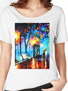 tardis in the rain Women's Relaxed Fit T-Shirt