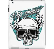 Old Skool Skull Design in turquoise iPad Case/Skin