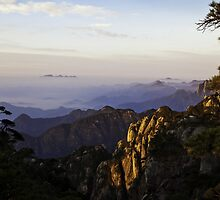 morning at shan-qing mountain by houenying
