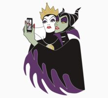 Grimhilde & Maleficent Selfie Kids Clothes