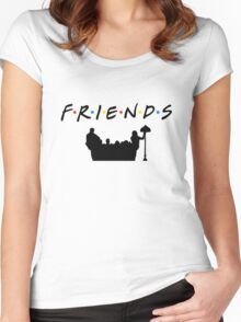 FRIENDS Women's Fitted Scoop T-Shirt
