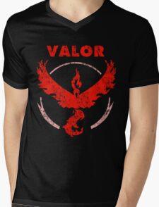 Team Valor - vintage Mens V-Neck T-Shirt