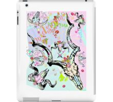 Pastel Cattle skulls, kisses & flowers iPad Case/Skin