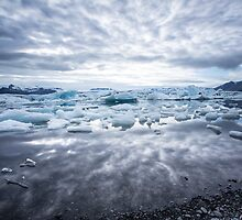 electric ice lagoon by JorunnSjofn Gudlaugsdottir
