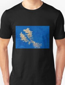 Floating seaweed on the ocean surface Unisex T-Shirt