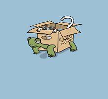 Kitten in a Tortoise box Unisex T-Shirt