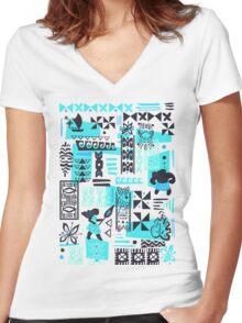 Moana blue print Women's Fitted V-Neck T-Shirt