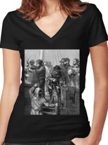 Early deep sea divers - Moire effect - Optical illusion Women's Fitted V-Neck T-Shirt