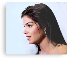 Marie Avgeropoulos - Comic Con - The 100 Poster Metal Print
