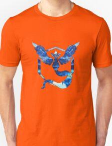 Team Mystic Logo Ice Mountains Unisex T-Shirt