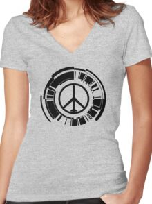 -METAL GEAR SOLID- Peace Walker Logo Women's Fitted V-Neck T-Shirt
