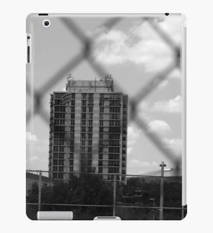 Grey-Scale Apartment Complex  iPad Case/Skin