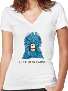 Gunter is Coming Women's Fitted V-Neck T-Shirt