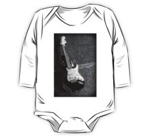 Fender Squire Stratocaster  One Piece - Long Sleeve