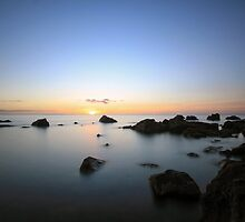 Mornington Sunset by lawsphotography