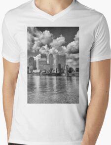 Canary Wharf London Mens V-Neck T-Shirt