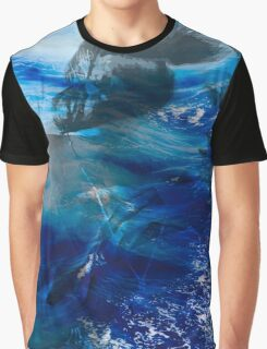 Girl lost in the the sea Graphic T-Shirt
