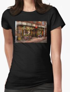 City - Boston MA - The Green Dragon Tavern Womens Fitted T-Shirt