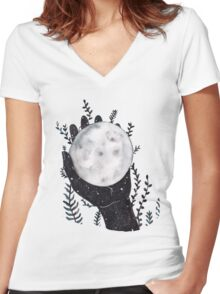 The Moon in your hand Women's Fitted V-Neck T-Shirt