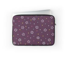 Floral Pattern In Purple And Dots Laptop Sleeve