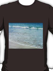 Incoming Tide, Bosta Beach, Great Bernera T-Shirt