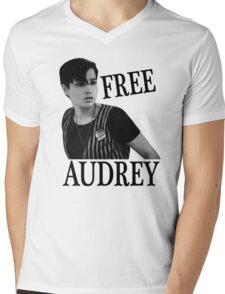Scream - Free Audrey Mens V-Neck T-Shirt