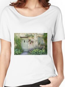 Typical Cotswolds house facade, UK Women's Relaxed Fit T-Shirt