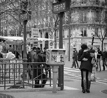 Parisian Love by littlefischy