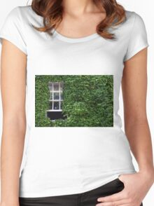 Window on leafy Cotswolds house facade, UK Women's Fitted Scoop T-Shirt