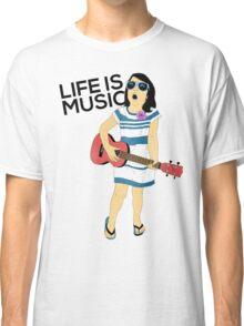 Bella - Life is Music Classic T-Shirt