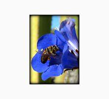 Bee Photogenic  Unisex T-Shirt