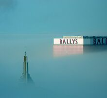 Low Fog in the Big City   ^ by ctheworld